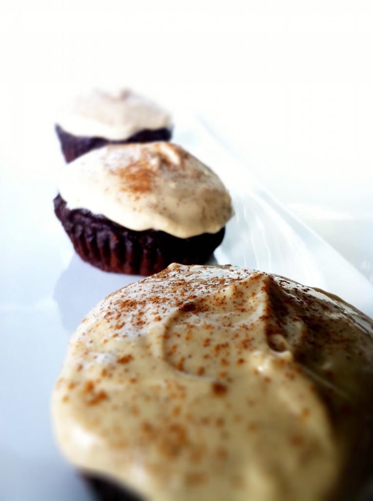 Skinny Dark Chocolate Cupcakes
