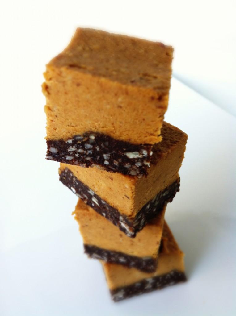 No-bake, vegan peanut butter eatmore squares