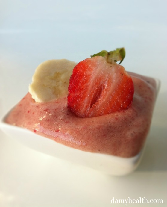 Vegan Strawberry Banana ice cream