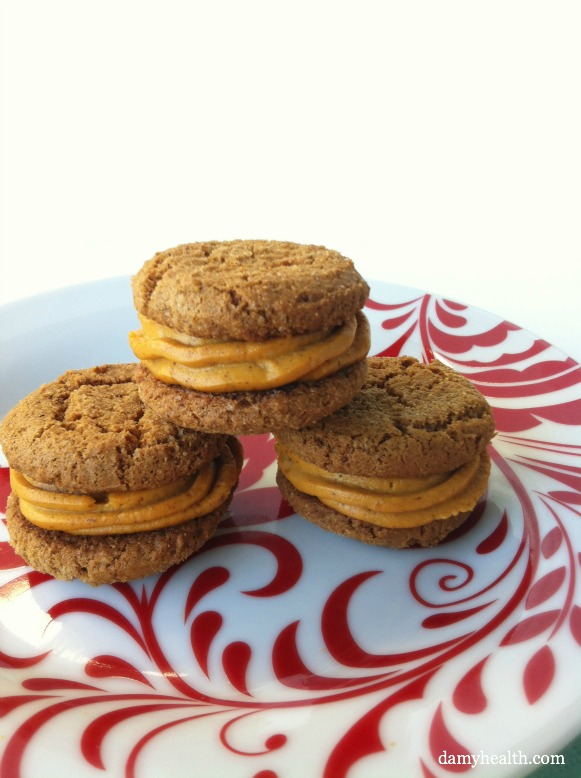 Ginger Snap Cookies with Clean Pumpkin Cheesecake Buttercream