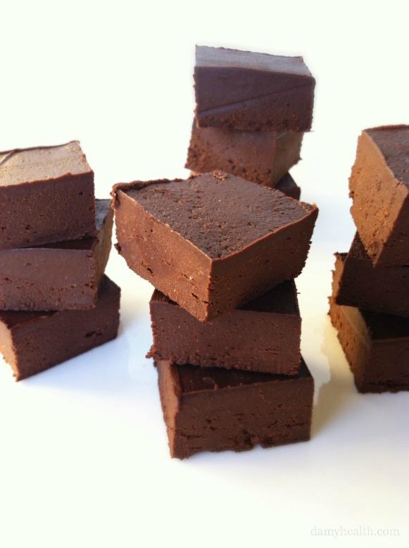 Natural Chocolate Freezer Fudge