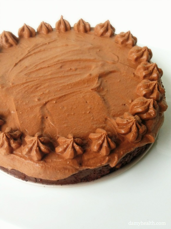 Raw Mousse Pie