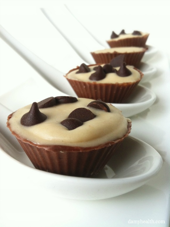 Chocolate Chip Cheesecake in Chocolate Cups