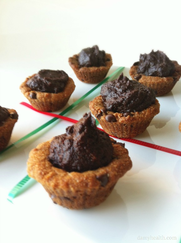Gluten-Free Mini Moten Chocolate Chip Cookies