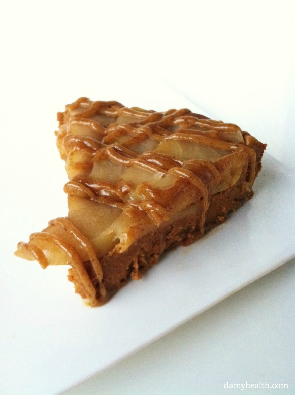 Skinny Caramel Apple Upsidedown Cake