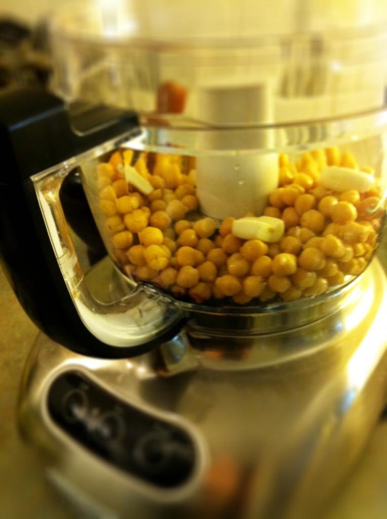 The 9 best hummus recipes and homemade ezekiel chips best hummus recipes forumfinder Gallery