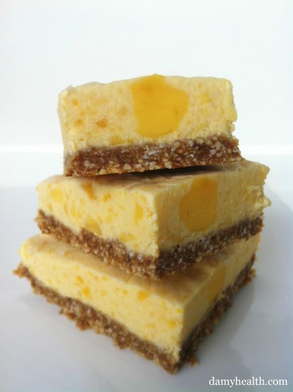 Skinny Mango Cheesecake Bites