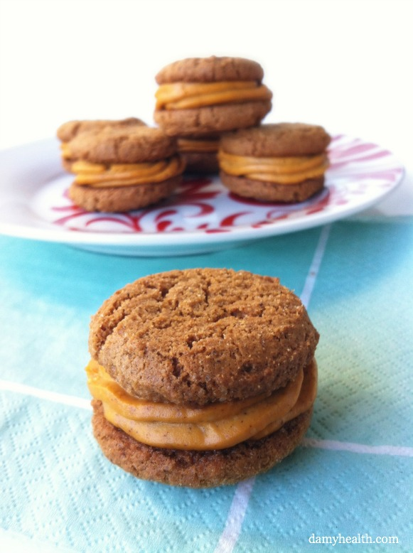 Ginger Snap Cookies with vegan and gluten-free Pumpkin Cheesecake Buttercream
