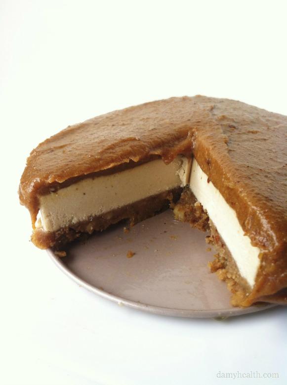 The BEST Vegan Cheesecake EVER