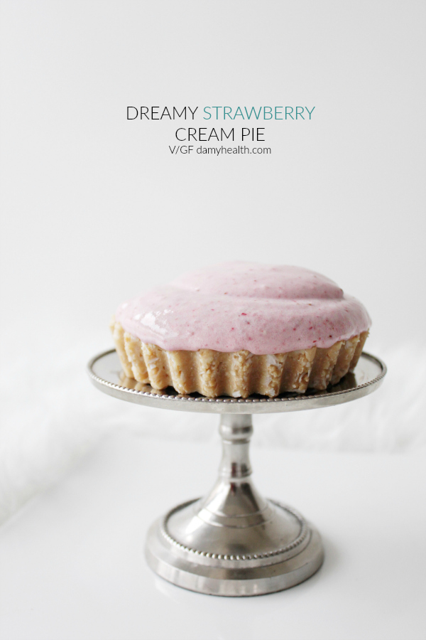 Dreamy Strawberry Cream Pie